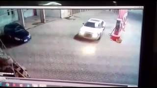 Download Video سرقة محطة بالرياض حي النسيم الشرقي MP3 3GP MP4