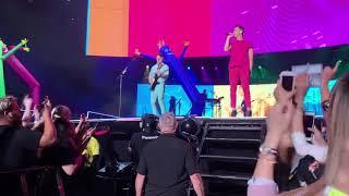 Jonas Brothers - Cake My The Ocean Live