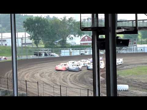 Fayette County Speedway - West Union, Iowa - Track #1,687 - racing action