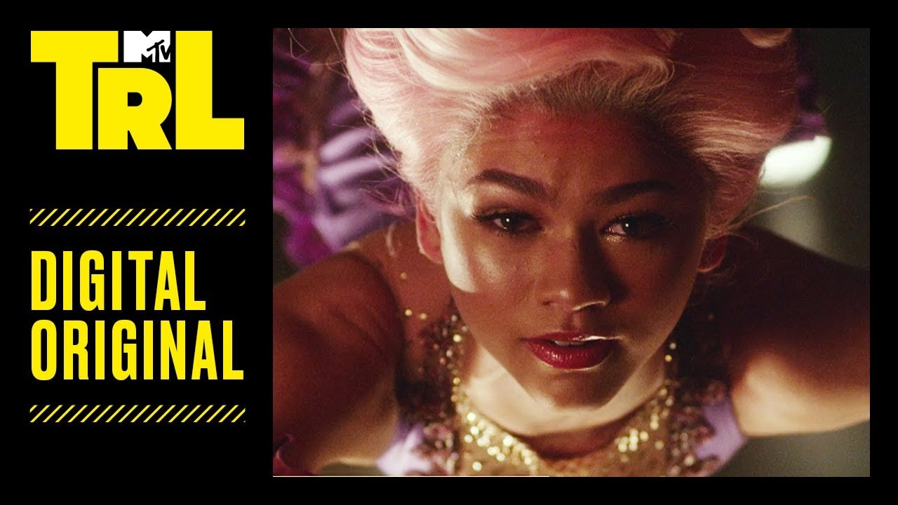 Zendaya Takes Us Behind The Scenes For The Greatest Showman S Rewrite The Stars Trl