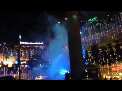 Merry Musical Lights Show at Trinoma