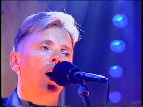 New Order -  Ruined in a Day Top of the Pops Original Broadcast 1993