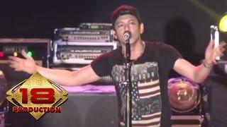 Video NOAH - Tak Bisakah  (Live Konser Kendal 13 November 2013) download MP3, 3GP, MP4, WEBM, AVI, FLV Juli 2018