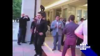 This is Хорошо - Медведев танцует (Фрагмент из выпуска)(Это фрагмент из выпуска программы