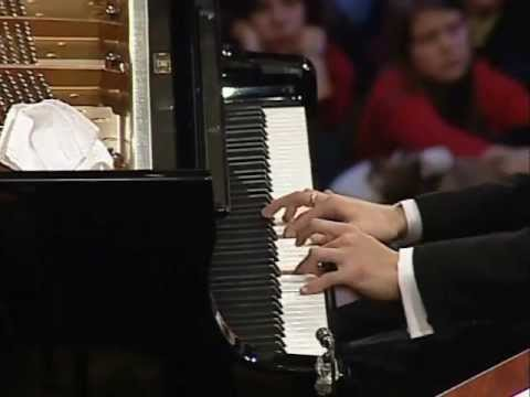 Li Yundi: Chopin - Piano Concerto No. 1 in E minor, 'Allegro maestoso' Op. 11