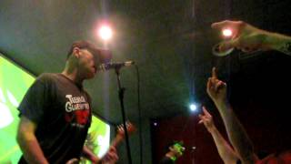 "The Queers ""I Met Her At The Rat"" live @Amigdala Theatre (MI) 14-03-2012"