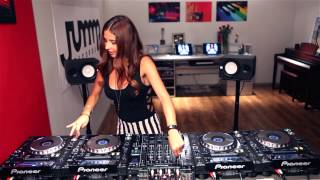 Juicy M mixing on 4 CDJs vol 6