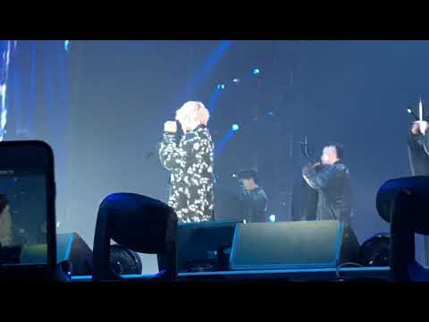 [Pit Fancam] Taehyung - Singularity Solo Stage _ Love Yourself Tour in LA  Day4