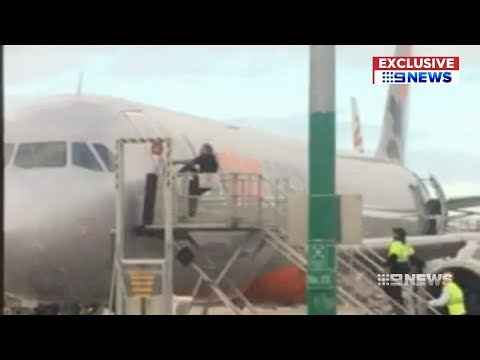Airport Security | 9 News Perth