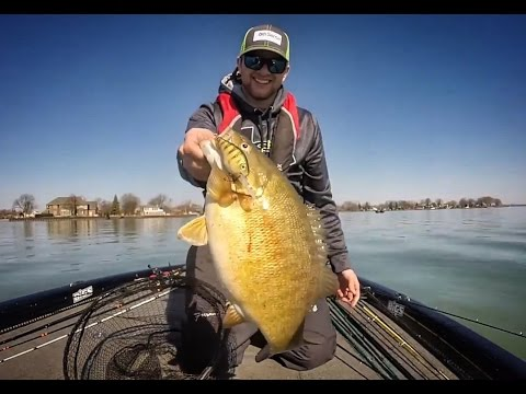 EPIC Lake St. Clair Spring Musky and Smallmouth Trip