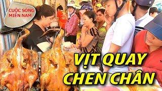Ăn vịt quay Sài Gòn cực quá (Live) chen chân ngày tết mùng 5 tháng 5 #namviet