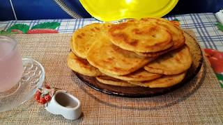 Мчади-грузинские,кукурузные лепёшки