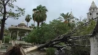 Huracán Sergio destruye Guaymas