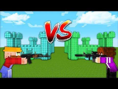 Замок из АЛМАЗОВ VS Замок из ИЗУМРУДОВ в майнкрафт 100% троллинг ловушка Minecraft