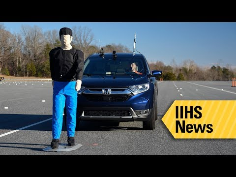 Reducing pedestrian crashes is the goal of new IIHS ratings - IIHS News