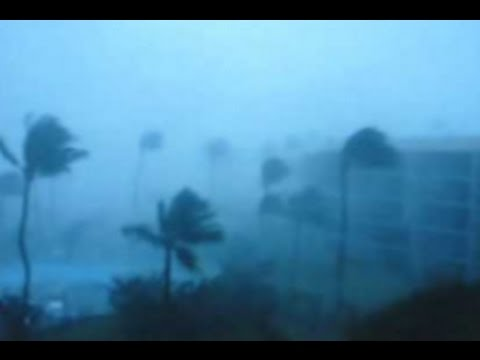 live THUNDERSTORMS WATERSPOUTS HONOLULU HI