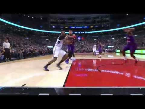 Al Horford Posterizes Amir Johnson