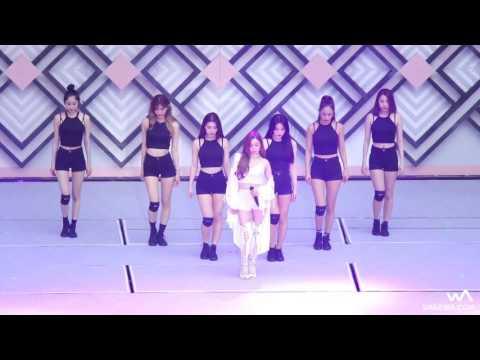 (Fancam) I JUST WANNA DANCE - TIFFANY ( SMTOWN LIVE IN SEOUL)