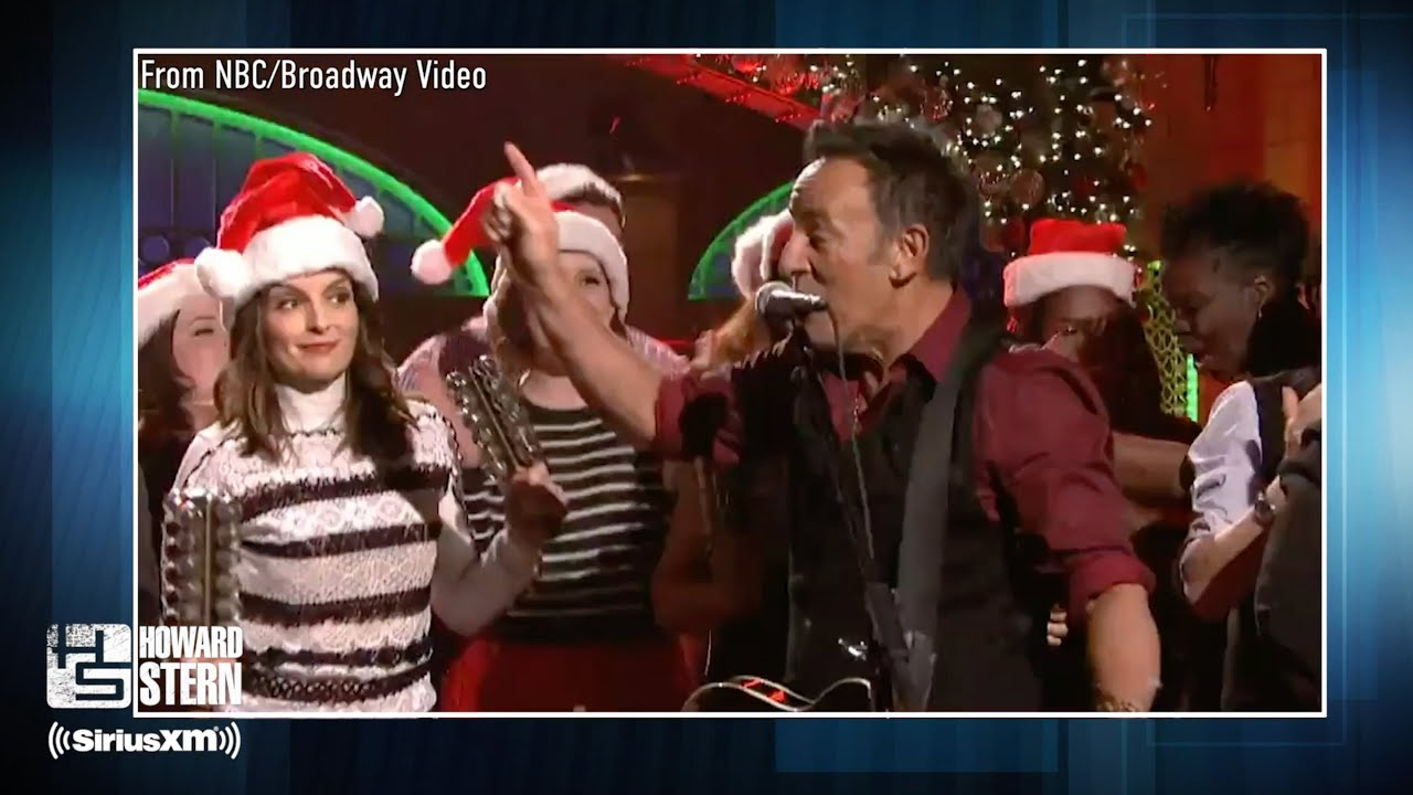 """When Bruce Springsteen Asked Tina Fey & Amy Poehler to Sing With Him on """"SNL"""""""