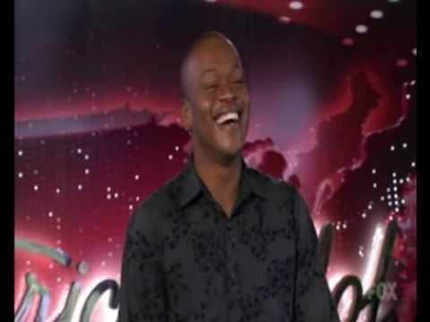 Man rips his pant on American Idol