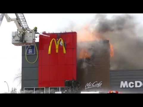 Massive Fire Engulfs McDonalds Restaurant  -  2015