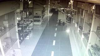 Взлом, кража 2 , ролл шторы,(, 2015-02-26T05:35:53.000Z)