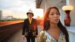 Maxi Trusso - Upset (videoclip oficial)