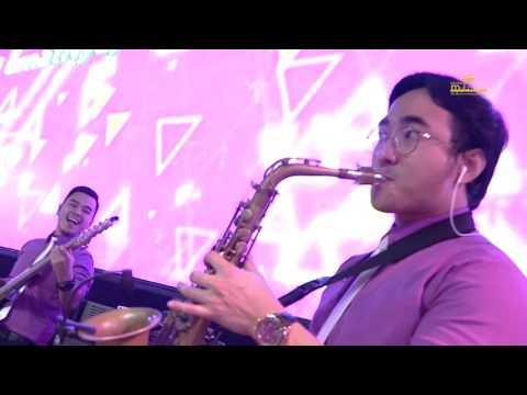 Anggur Baru medley Revival (Gerakan Roh Allah) by Michael & Wanda Luhukay