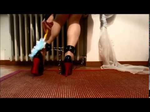 Submissive male Plays Fetch with Ebony Mistress(continuation)Kaynak: YouTube · Süre: 55 saniye