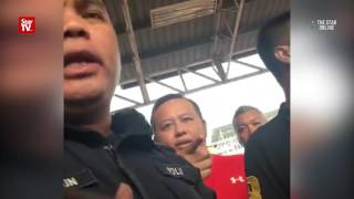 Star Online reporters roughed up by men