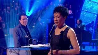 Bettye Lavette - Let Me Down Easy (Jools Annual Hootenanny 2013) HD 720p
