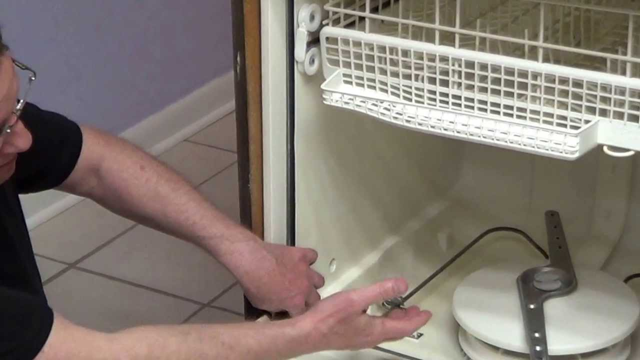Dishwasher leaks dishwasher leaking from door youtube rubansaba