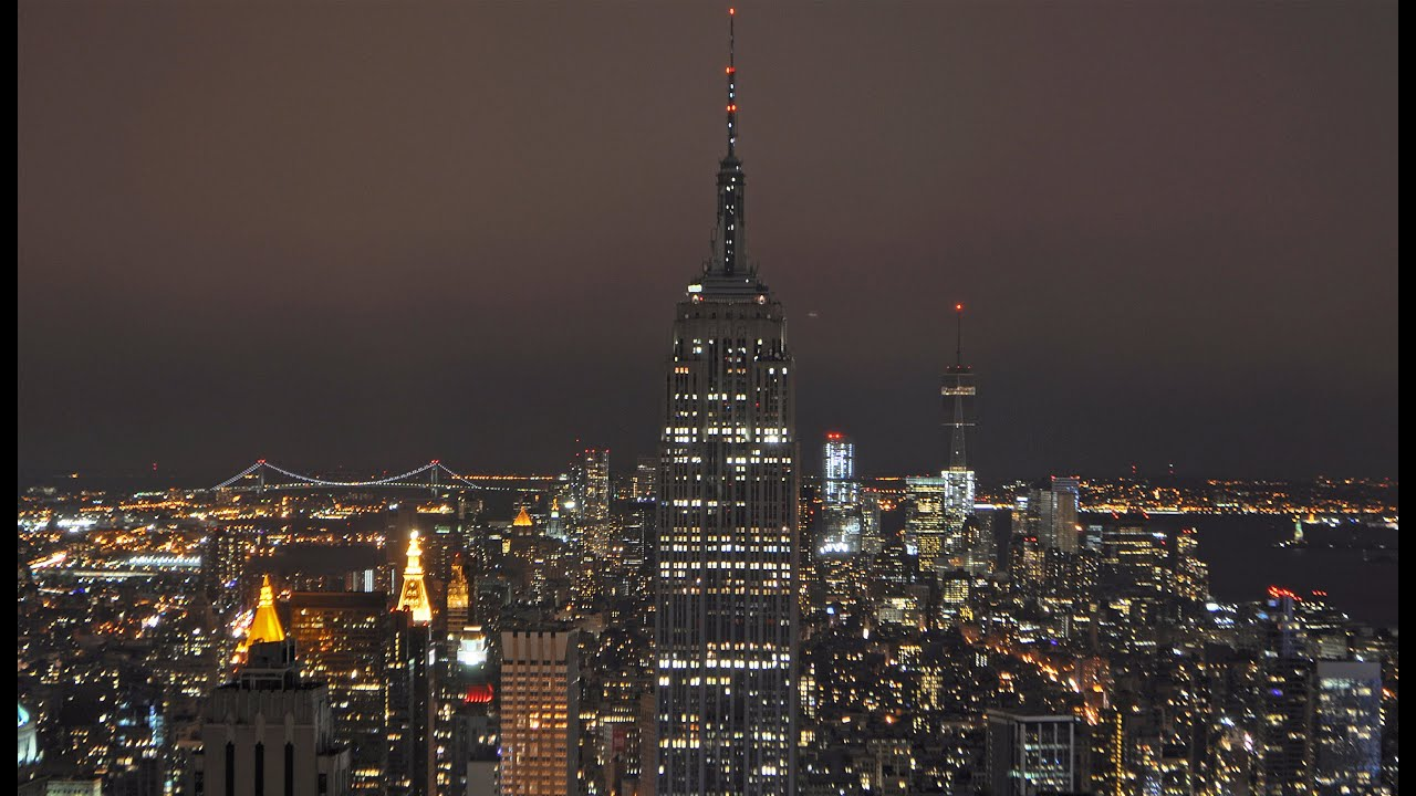 Empire State Building Goes Dark for Earth Hour 2015 - YouTube