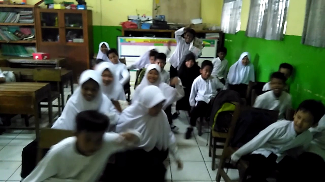 Bus Challange SDN Sukasari 6 Tangerang Kelas 5b