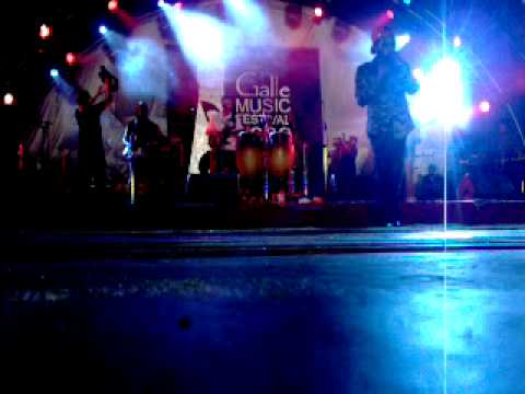 Woman No Cry - Ras Nas Live In Sri Lanka (at Galle Music Festival 2009)