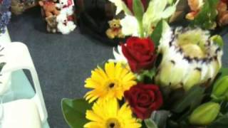 Flowerbox Bundaberg Florist-designs With Proteas