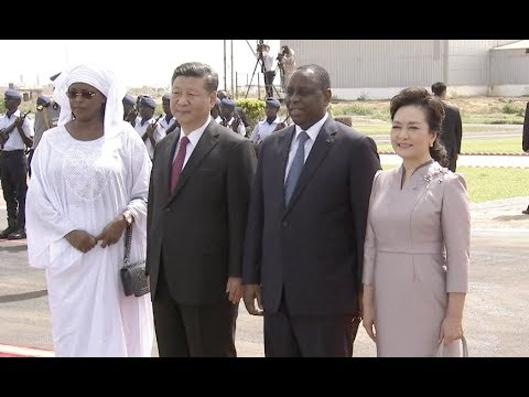 Chinese President Xi Jinping Arrives in Senegal for State Visit