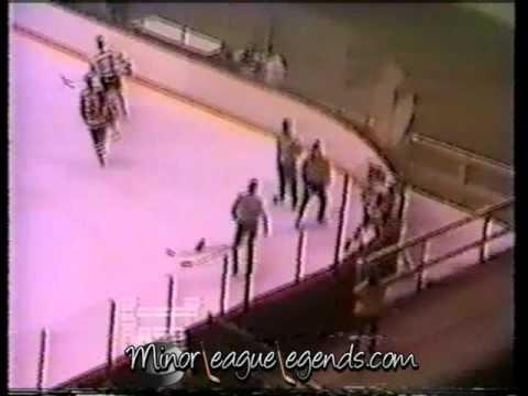 Jan 7, 1989 Jim Playfair vs Rick Boyd Saginaw Hawks vs Indianapolis Ice