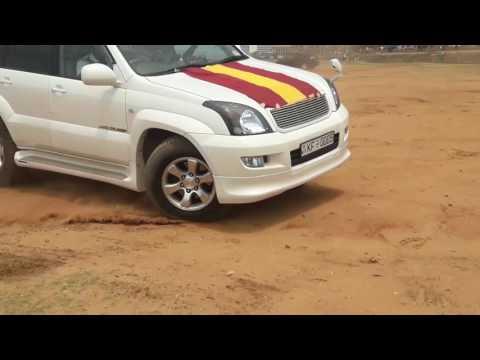 Land Cruiser Prado Drifting