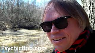 Vlog: Psychic Bob Grounds to Earth Energies and Hugs Trees!