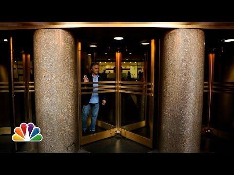 De Niro vs. Revolving Door (Late Night with Jimmy Fallon)