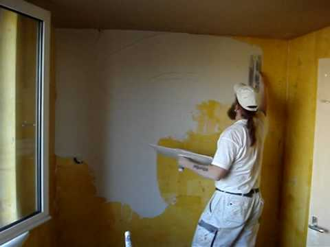 Plastering a wall ( thin layer )