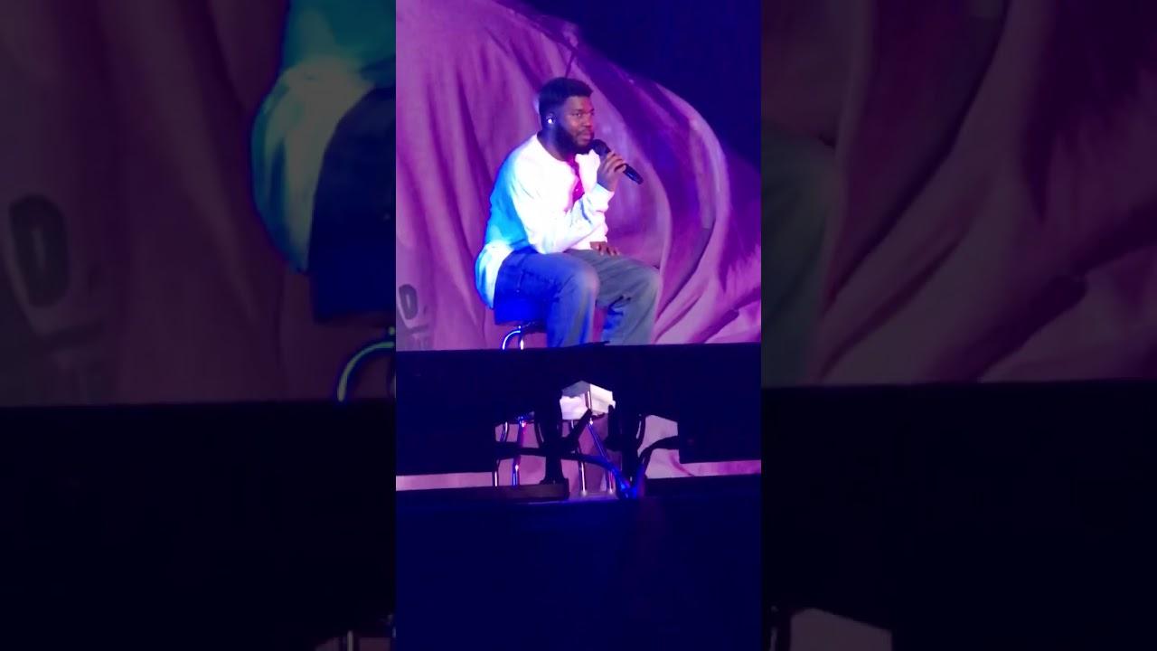 Khalid helping a fan at Birmingham