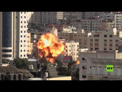 شاهد.. غارة إسرائيلية تتيح بمبنى وزارة الأوقاف في غزة  - نشر قبل 2 ساعة