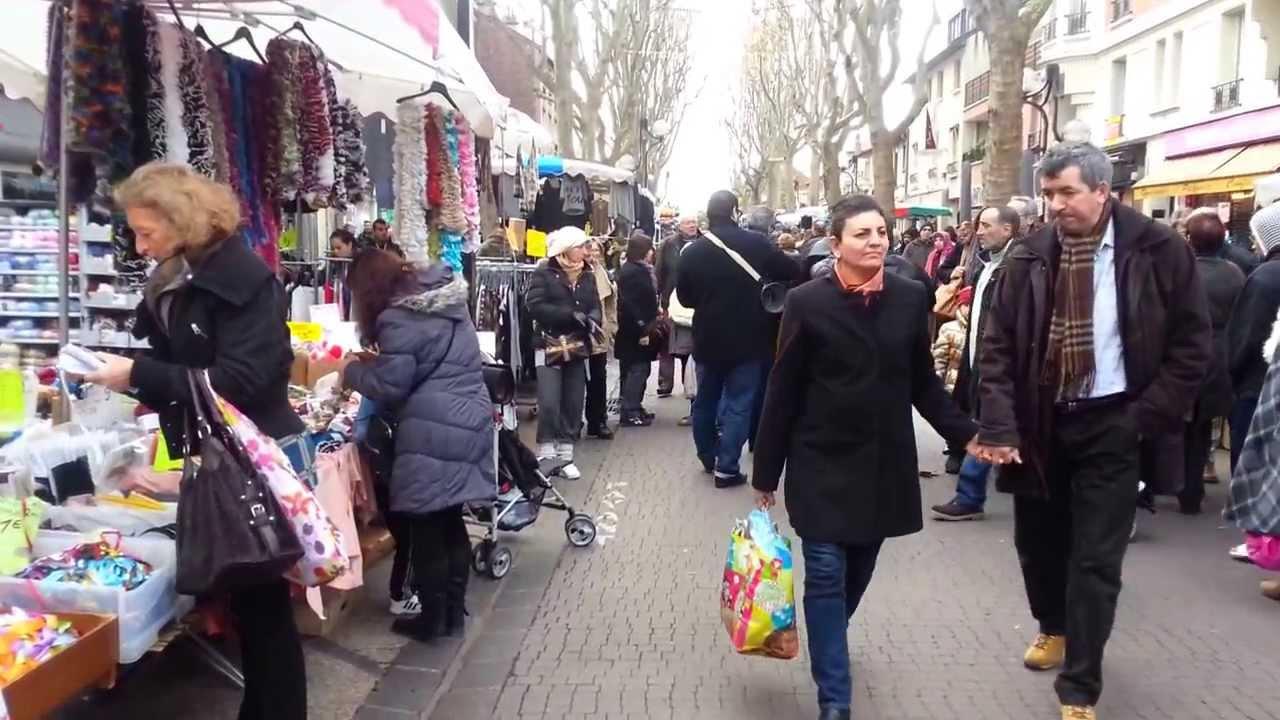 Chanson orientale sur le marché du Boulevard de Strasbourgà Aulnay sous Bois YouTube # Encombrants Aulnay Sous Bois