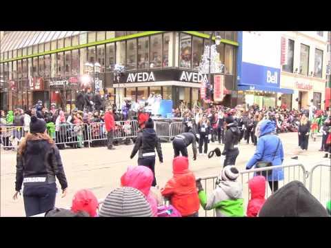 Santa Parade Montreal 2014