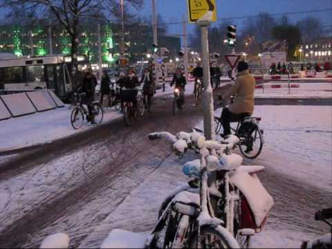 Bicycle Rush Hour Snow - Utrecht, Netherlands