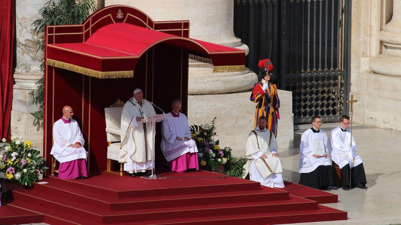 Thánh lễ đại trào sau nghi thức tuyên thánh...