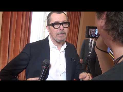 CinemaCon 2017: Gary Oldman Interview for The Darkest Hour