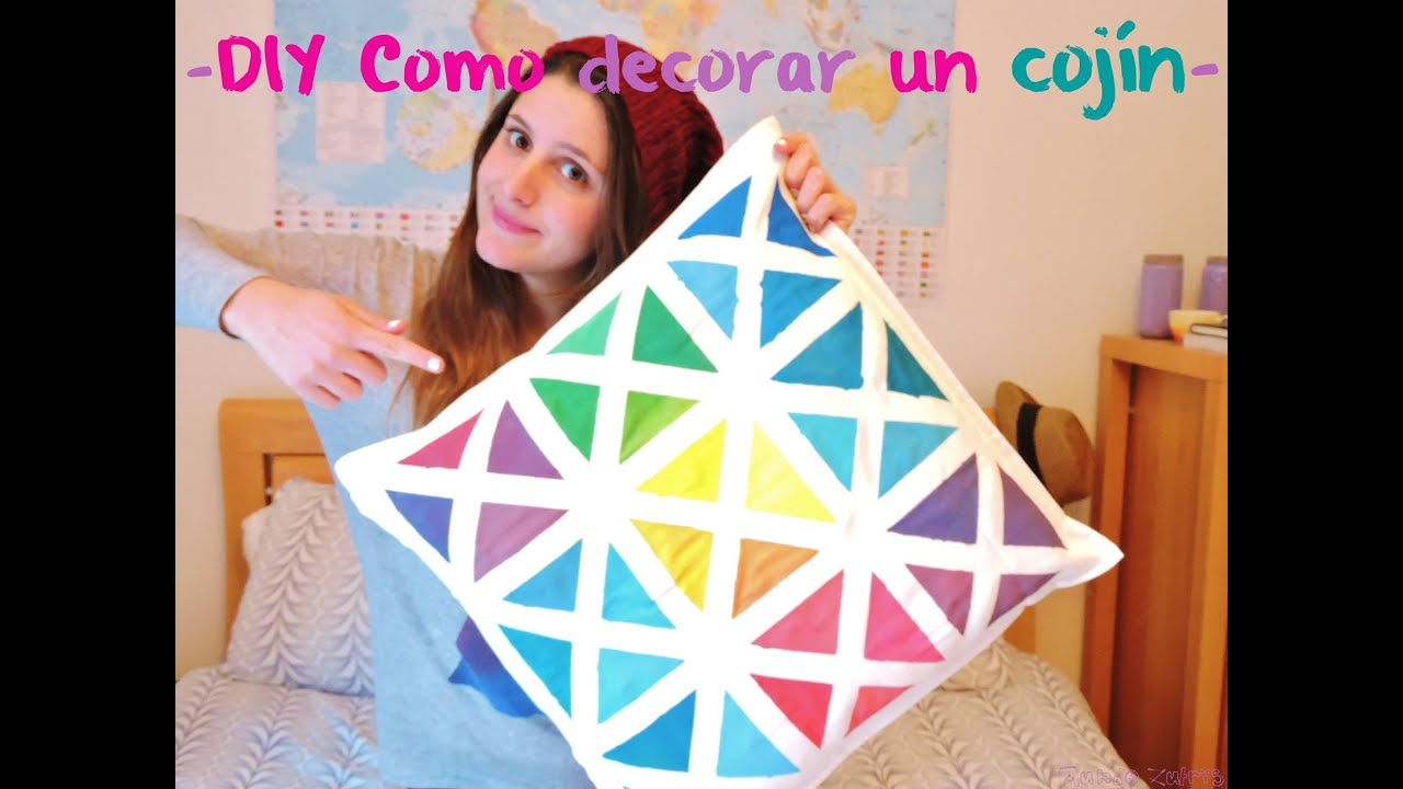Diy como decorar un coj n diy how to decorate a pillow - Como decorar un cojin ...